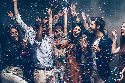 Helden en Panningen karaoke set huren voor bedrijfsfeesten dansen party