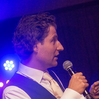 presentatie op bedrijfsfeest zakelijke evenementen in limburg